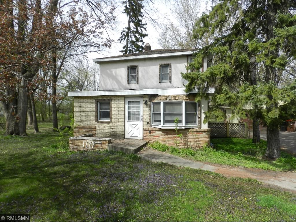 Photo of 1227 County Road C E  Maplewood  MN