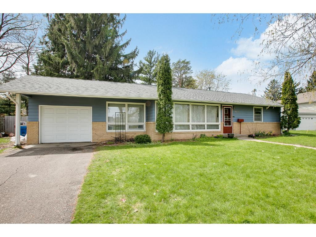 Photo of 6325 Hampshire Place N  Golden Valley  MN