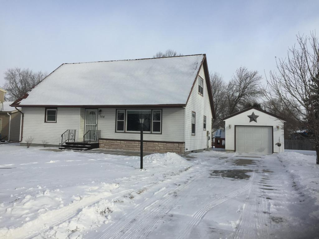 Photo of 704 1st Street SW  Fairfax  MN