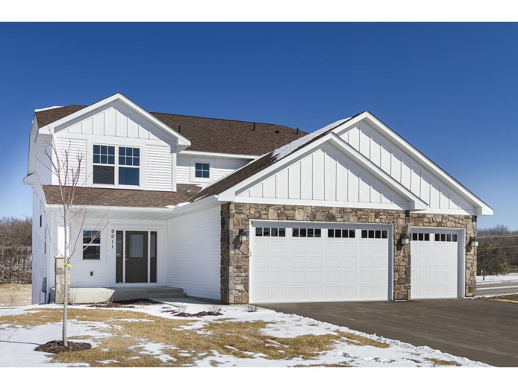 Photo of 905 Ridgecrest Drive  Carver  MN