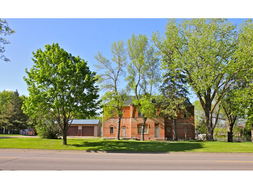 Photo of 206 E Linden Avenue  Winsted  MN