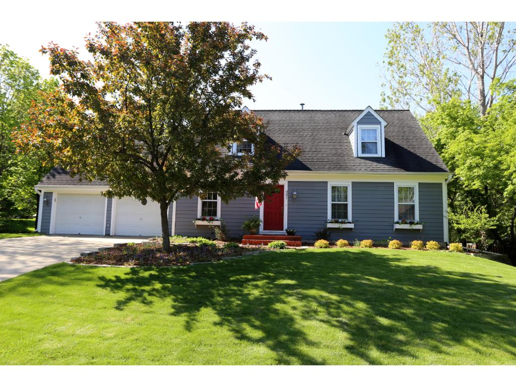 981 Lake Lucy Road Chanhassen, MN 55317