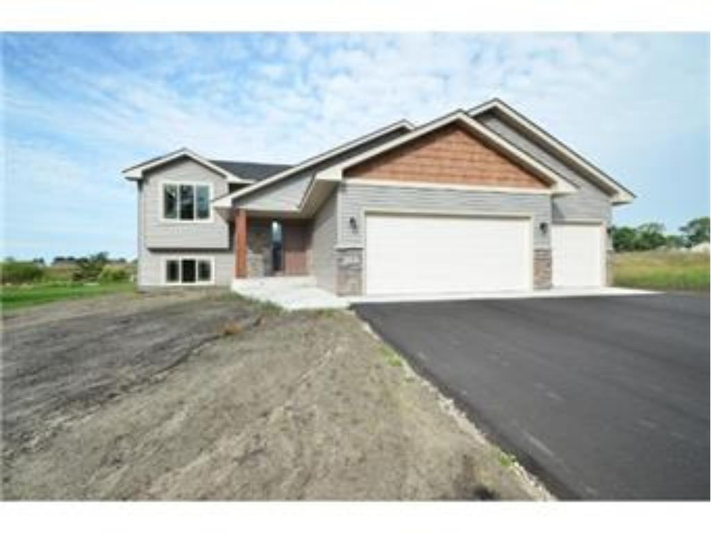 Photo of 220 Fitzgerald Avenue N  Rush City  MN
