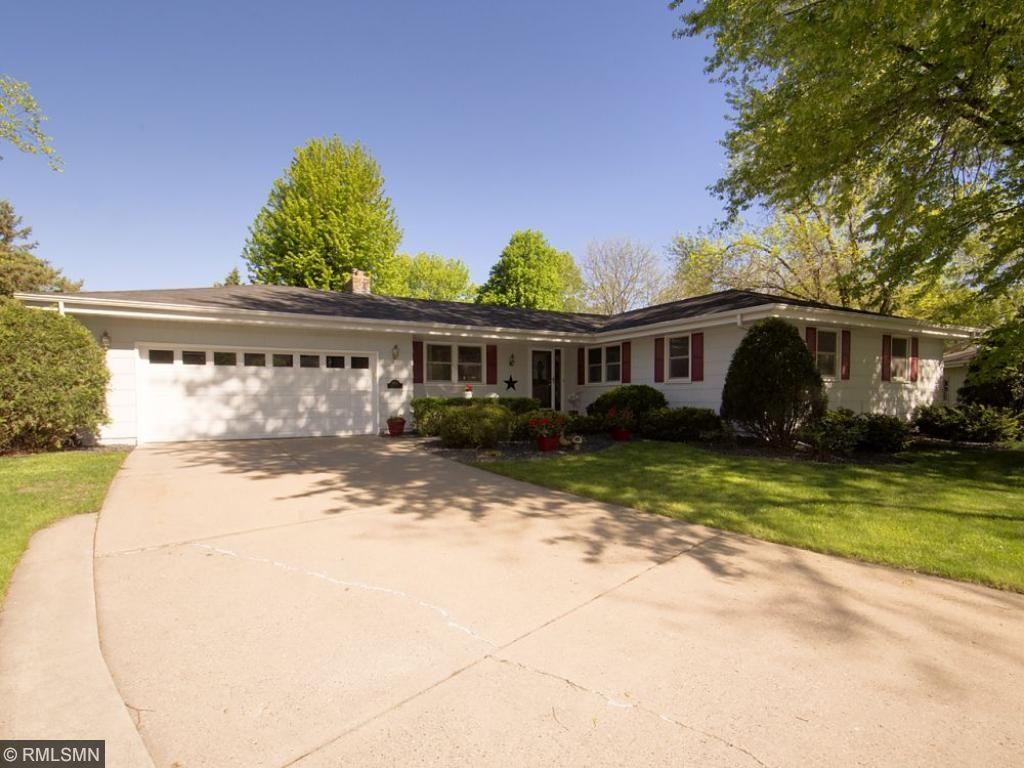Photo of 9708 Rich Curve  Bloomington  MN