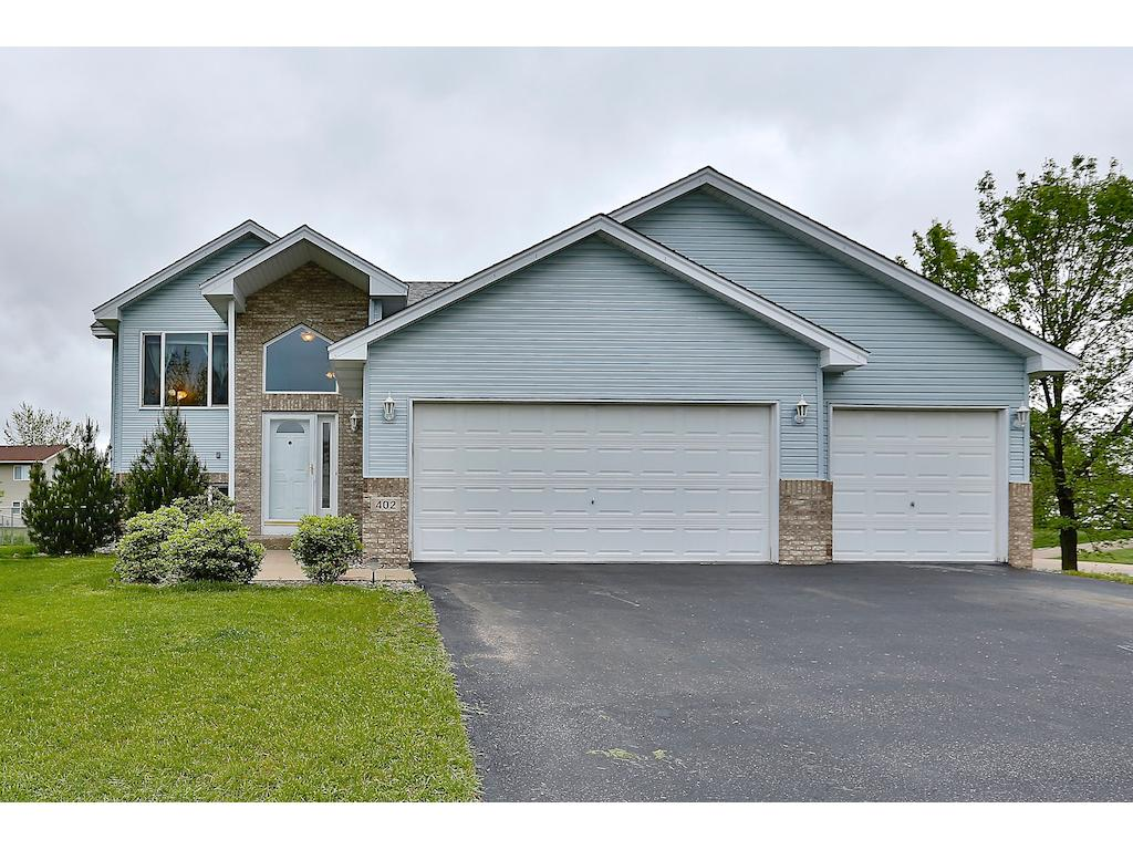 Photo of 402 11th Avenue NW  Isanti  MN