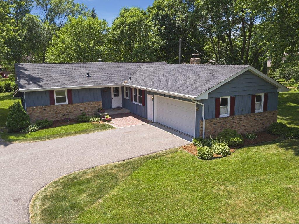 Photo of 10815 40th Avenue N  Plymouth  MN