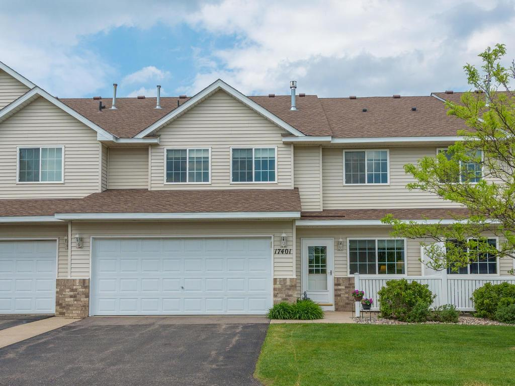 Photo of 17401 Glacier Way  Lakeville  MN