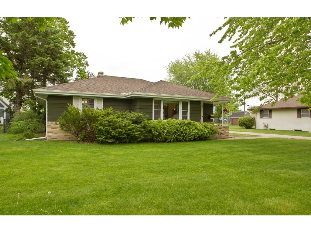 Photo of 920 Cypress Street S  Cambridge  MN