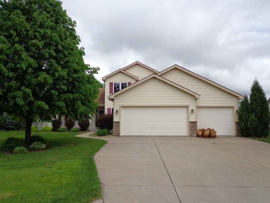 Photo of 586 Tuttle Drive  Hastings  MN