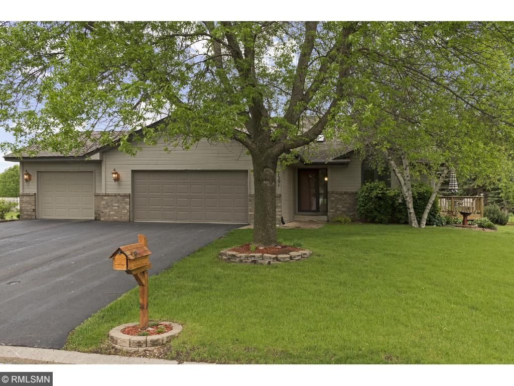 Photo of 7301 Trotters Circle  Chanhassen  MN