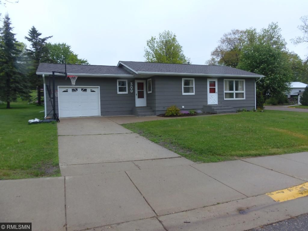 Photo of 300 6th Street W  Browerville  MN