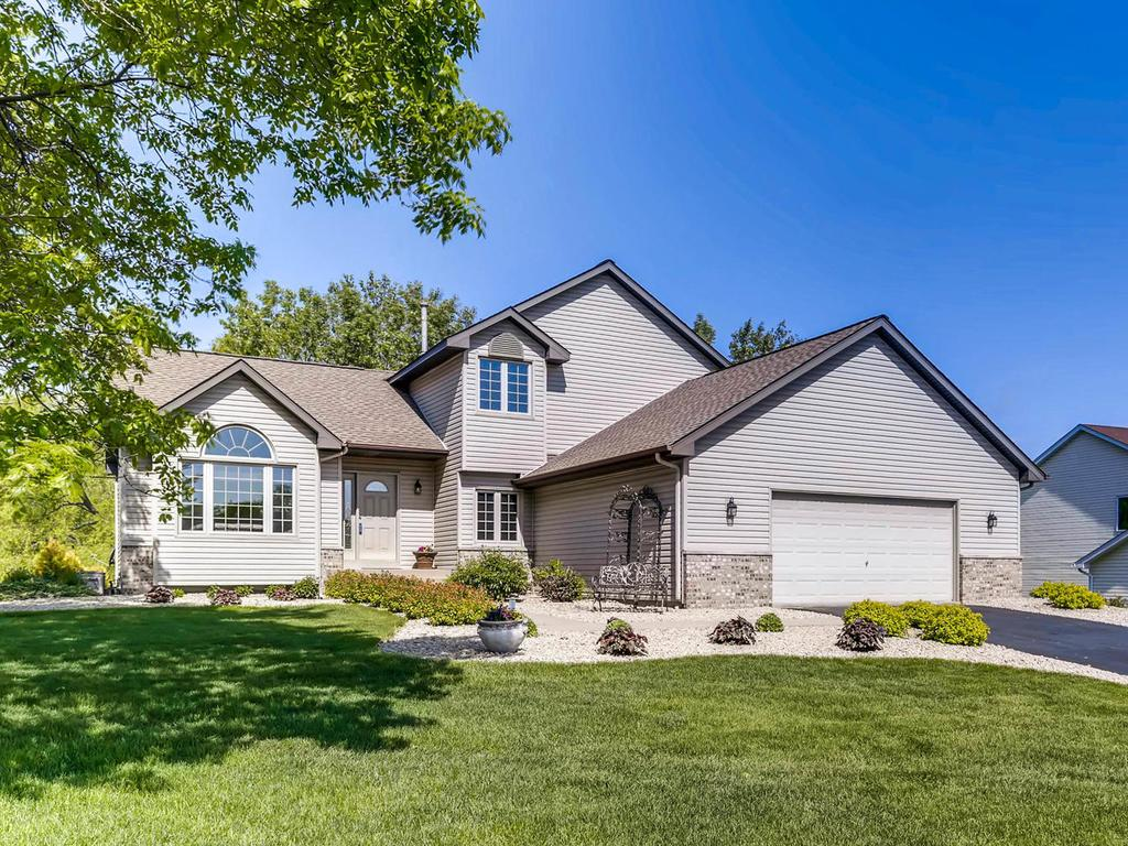 Photo of 85 Pond View Drive  Loretto  MN