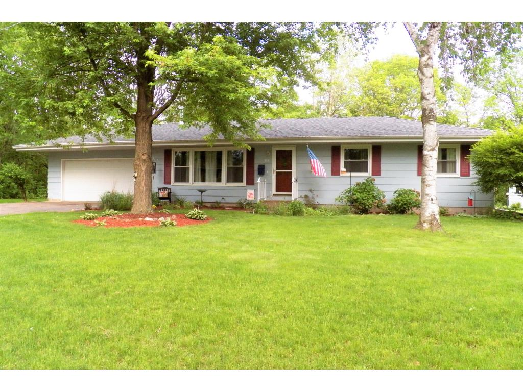 Photo of 306 Lakeview Drive  Hudson  WI