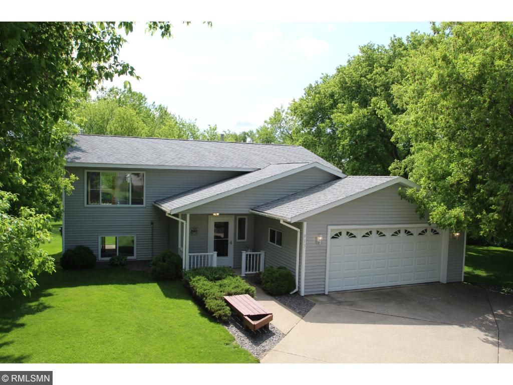 Photo of 415 Pleasant Crest Circle  Annandale  MN