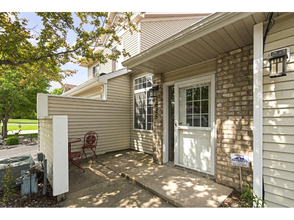 Photo of 1625 Meadow Place  Shakopee  MN