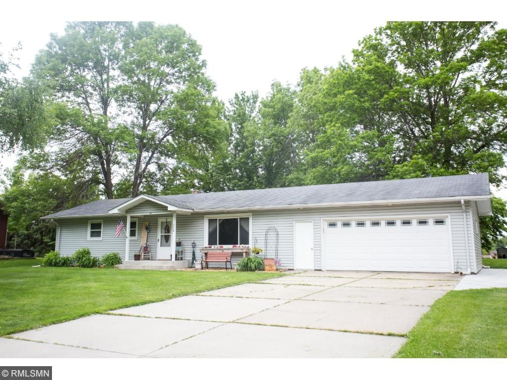 324 Ridge Road Mayer, MN 55360