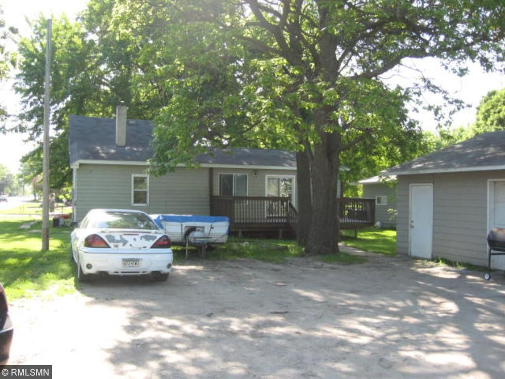 Photo of 1231 Baxter Avenue N  Glencoe  MN