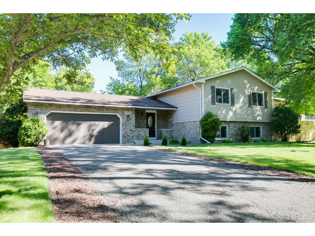 Photo of 11710 52nd Avenue N  Plymouth  MN