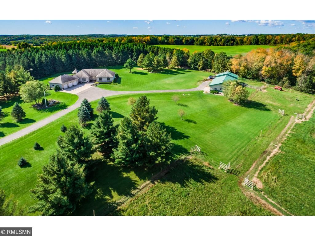 Photo of 286 County Road B  Woodville  WI