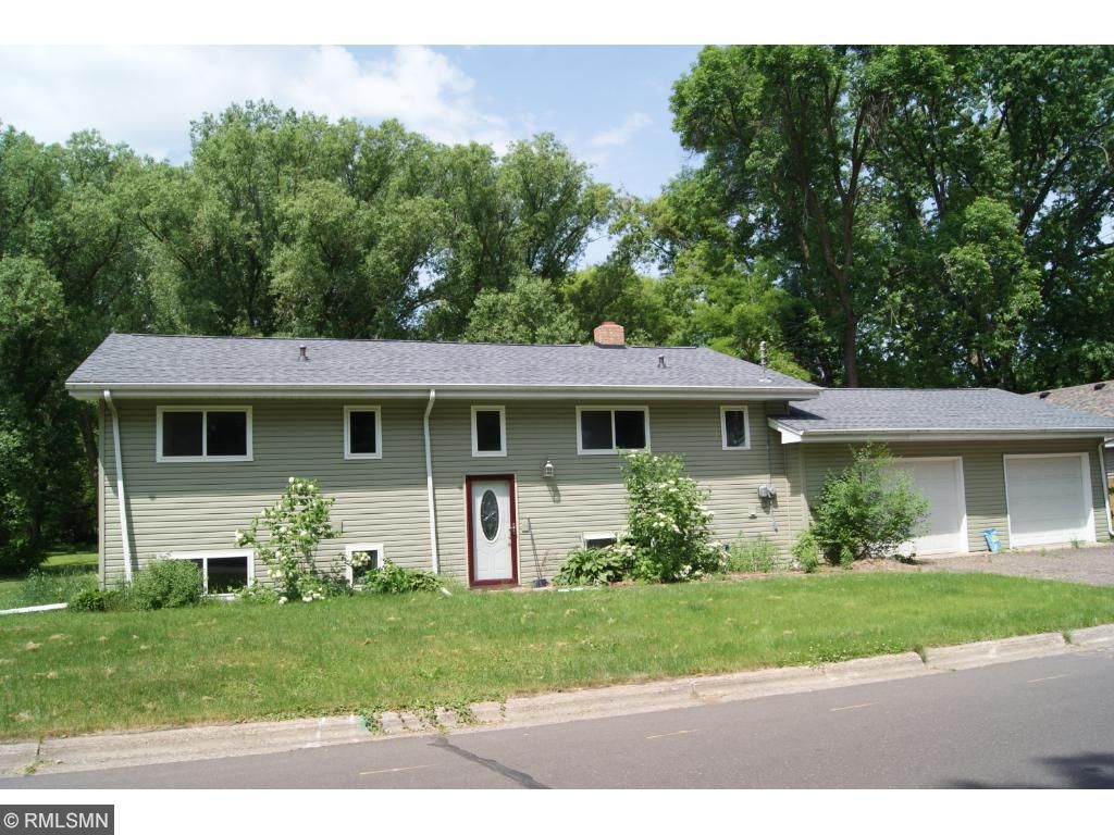 Photo of 932 5th Street SE  Forest Lake  MN
