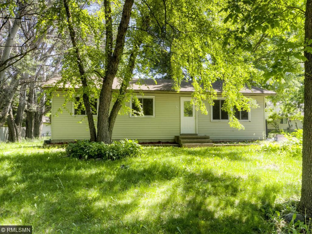 Photo of 686 Northgate Drive  Winsted  MN