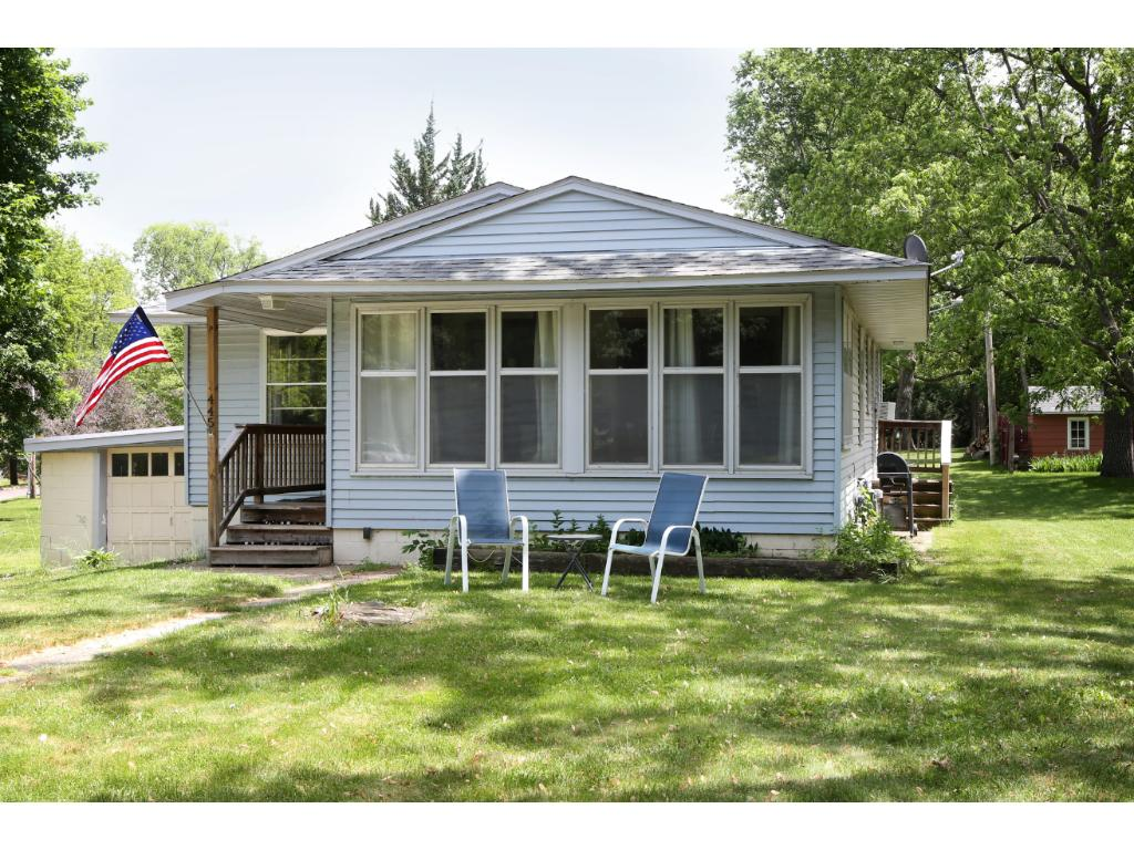 Photo of 445 Cherry Avenue N  Annandale  MN