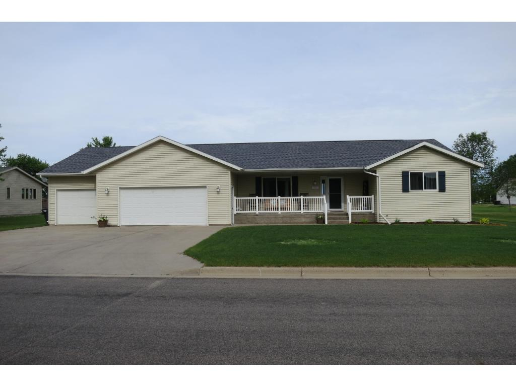 Photo of 738 4th Avenue NW  Melrose  MN