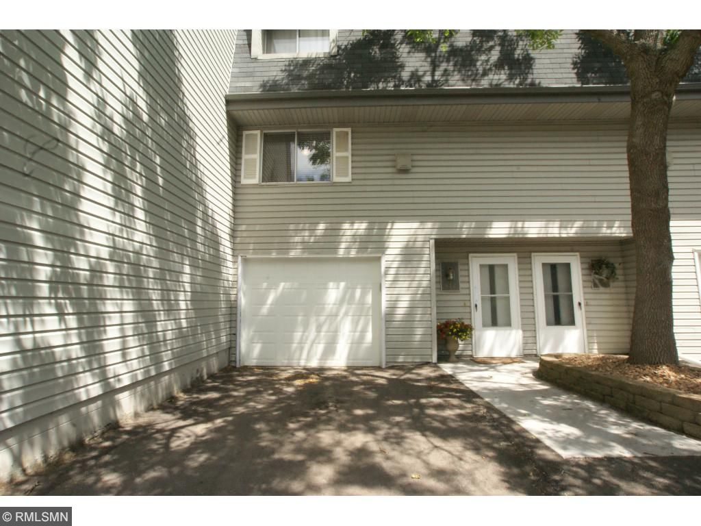 Photo of 412 Dorland Place S  Maplewood  MN