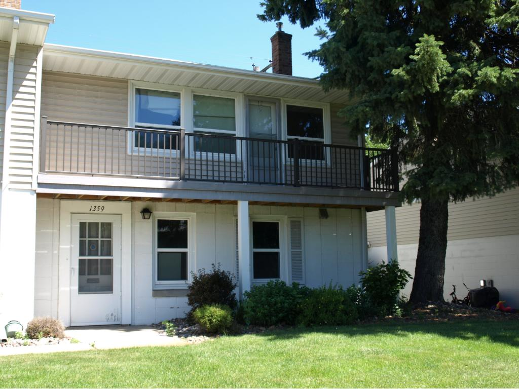 Photo of 1359 Colonial Drive  Roseville  MN