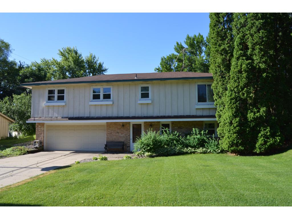 Photo of 1307 20th Street W  Hastings  MN