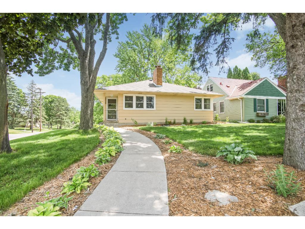 Photo of 3458 Zenith Avenue N  Robbinsdale  MN