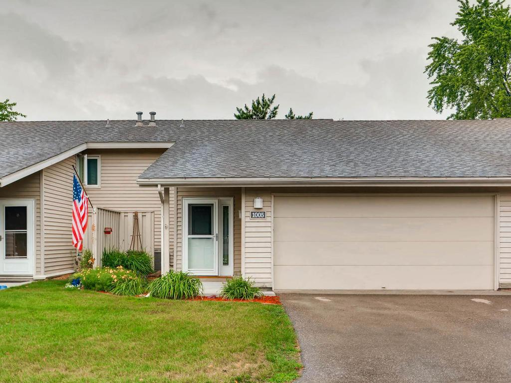 Photo of 1005 Carmel Court  Shoreview  MN