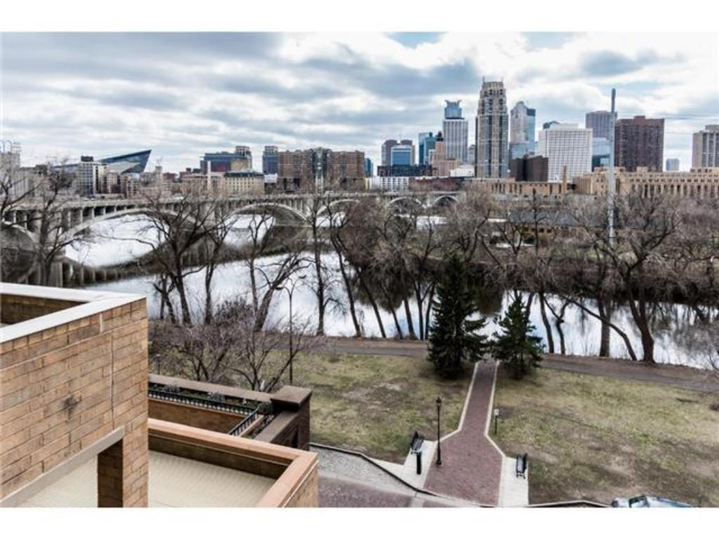 Photo of 110 Bank Street SE  Minneapolis  MN