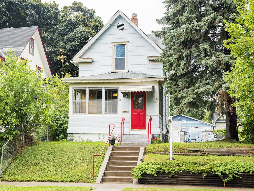 Photo of 835 Thomas Avenue  Saint Paul  MN