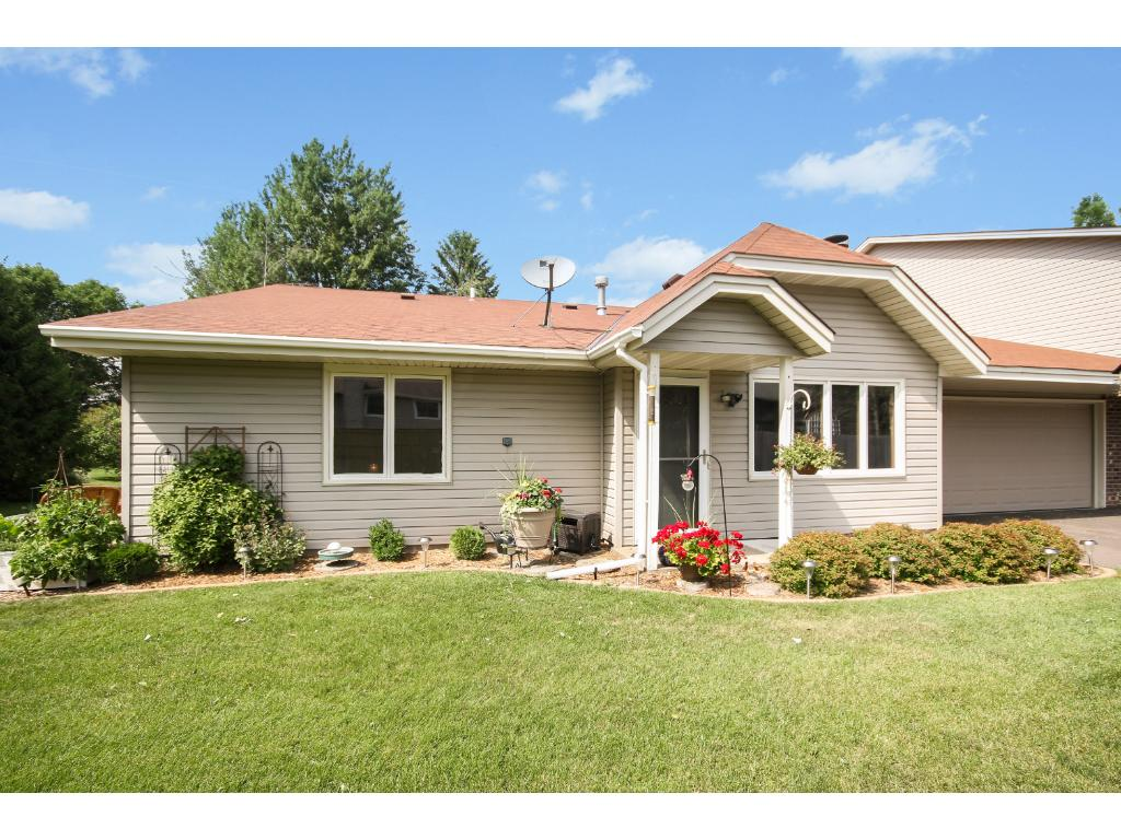 Photo of 5641 Chatsworth Street N  Shoreview  MN