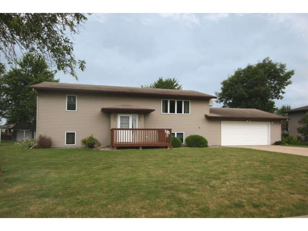 Photo of 101 8th Avenue NW  Lonsdale  MN