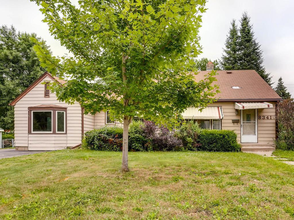 8341 Nicollet Avenue S, Bloomington, Minnesota