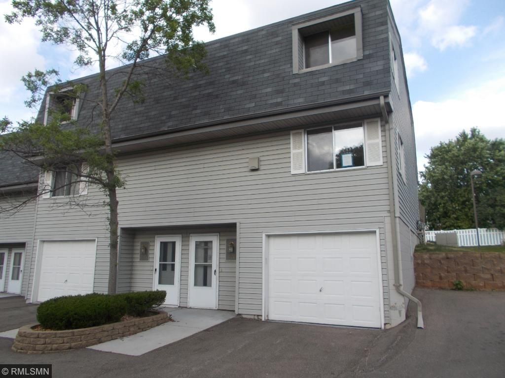 Photo of 422 Dorland Place S  Maplewood  MN