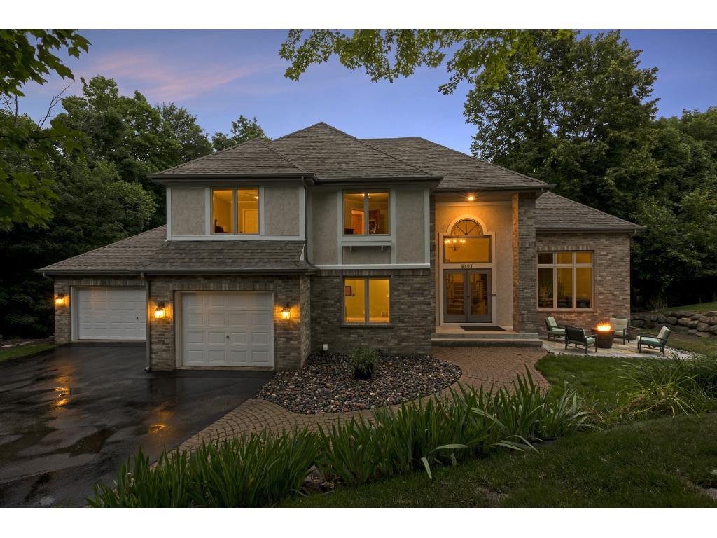 6407 Oxbow Bend, Chanhassen, Minnesota