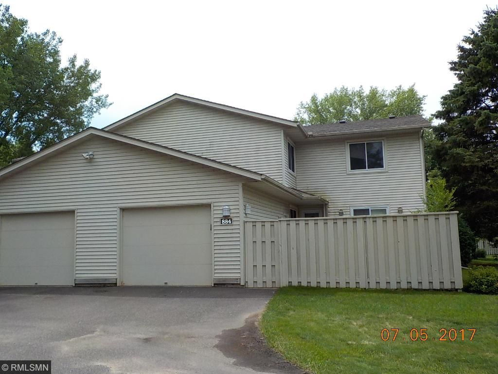 Photo of 884 Monterey Drive  Shoreview  MN