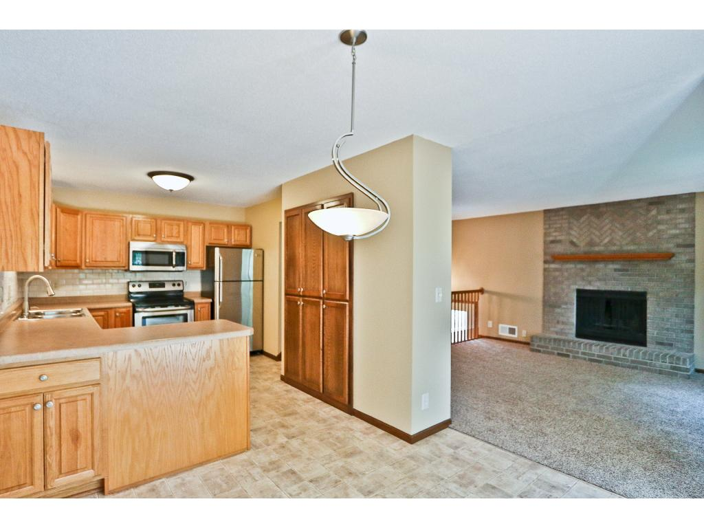 Photo of 2483 Woodbridge Street  Roseville  MN