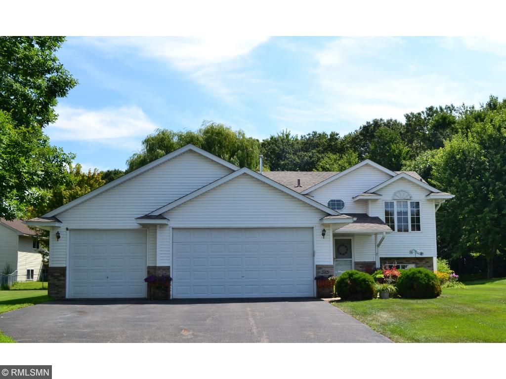 Photo of 25829 Goldfinch Avenue  Wyoming  MN