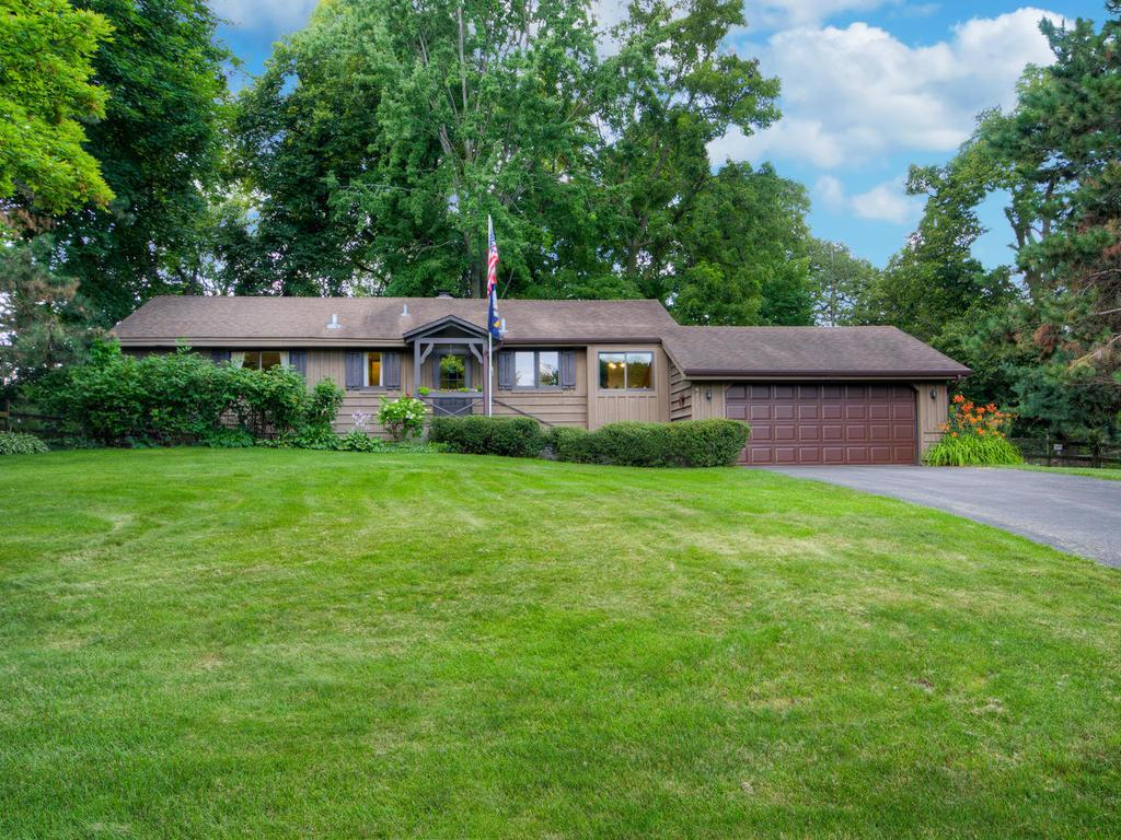 Photo of 6630 Lochanburn Road  Eden Prairie  MN