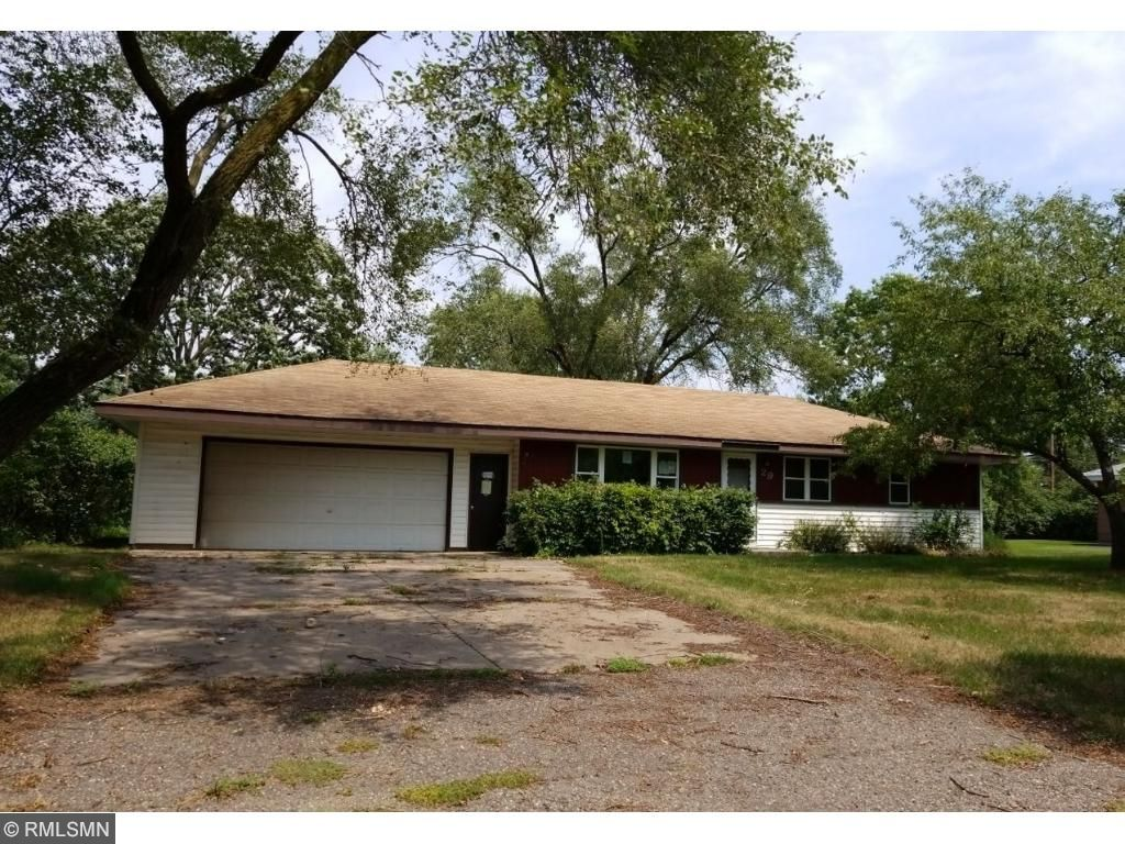 29 101st Lane NW Coon Rapids, MN 55448