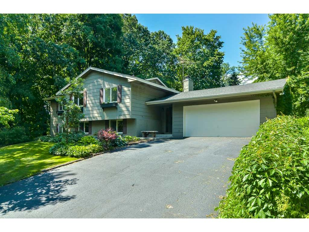 Photo of 4085 Oak Street  Orono  MN
