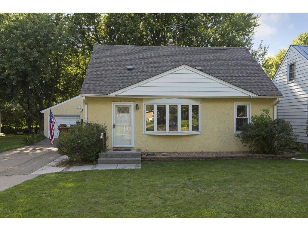 Photo of 1851 Barclay Street  Maplewood  MN