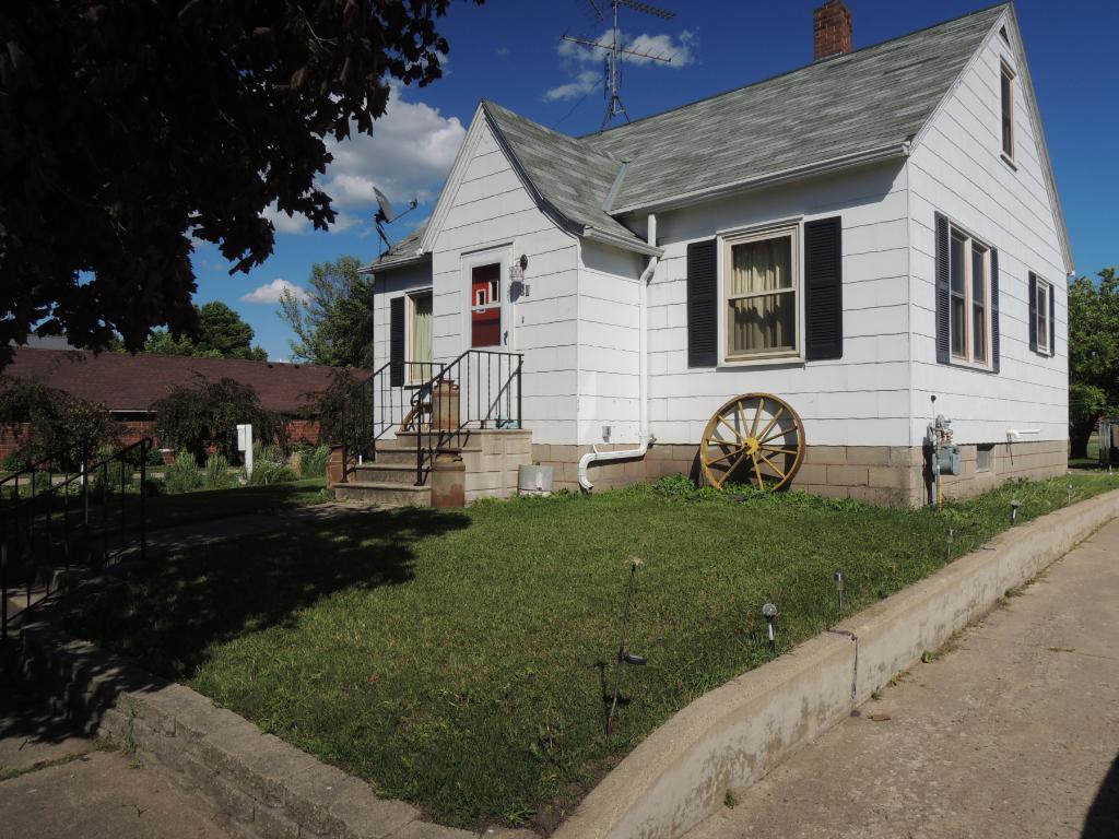 Photo of 80 Vernon Avenue  Morgan  MN