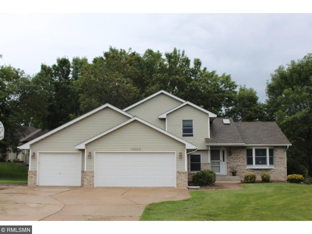 Photo of 13500 295th Street  Lindstrom  MN