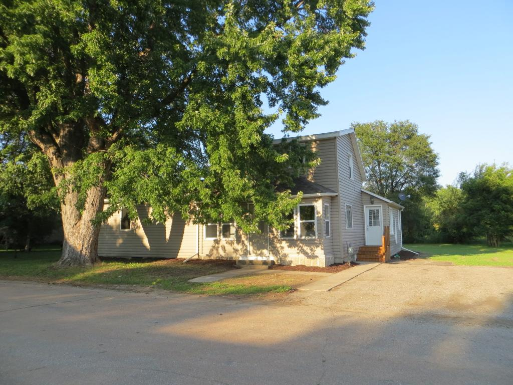 Photo of 208 S 3rd Street  Henderson  MN