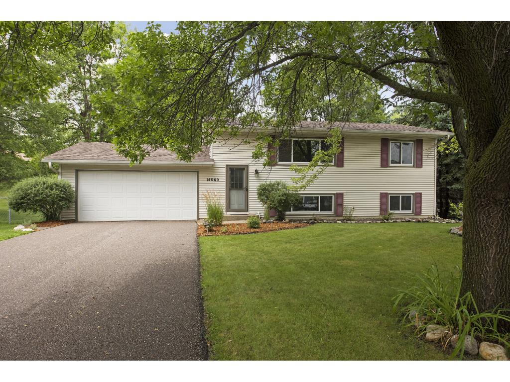 Photo of 14060 37th Avenue N  Plymouth  MN